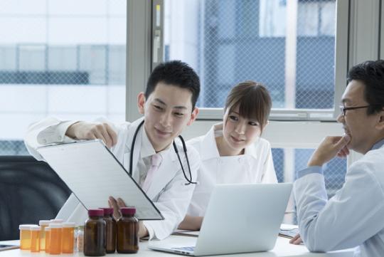 <p>医局の垣根を超えて症例等について<br /> ディスカッションすることができる<br /> MVC-onlineをご提供しております</p>